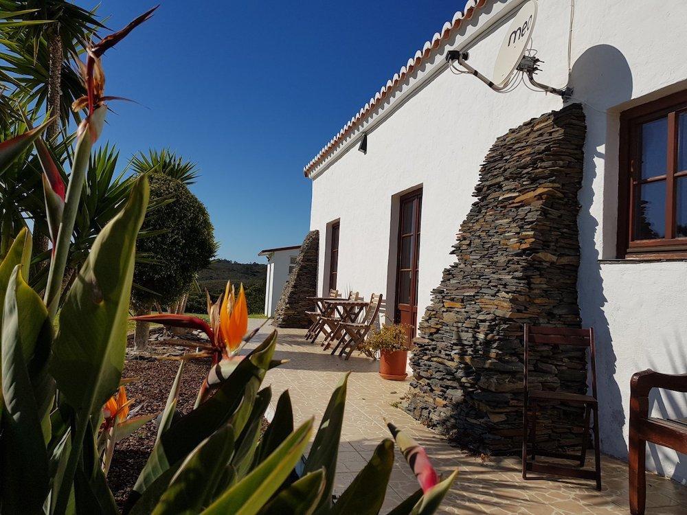 Surfcamp in Algarve outside area