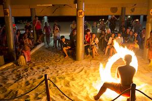 entertainment-fiji-surf-resort-3LC_8467