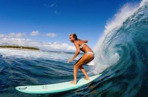 girl-surfing-fiji