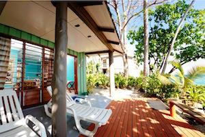 ocean-front-accommodation-fiji-surf-resort