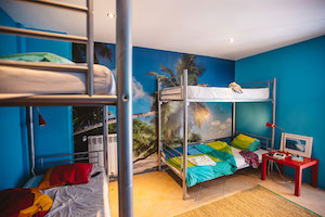 shared-room-guincho-surfcamp