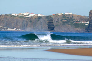 Surfcamp in Algarve both sides wave