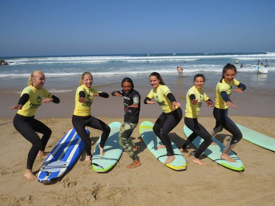 Surf-School-Teens-Camp-Lisbon-small-groups-warm-up