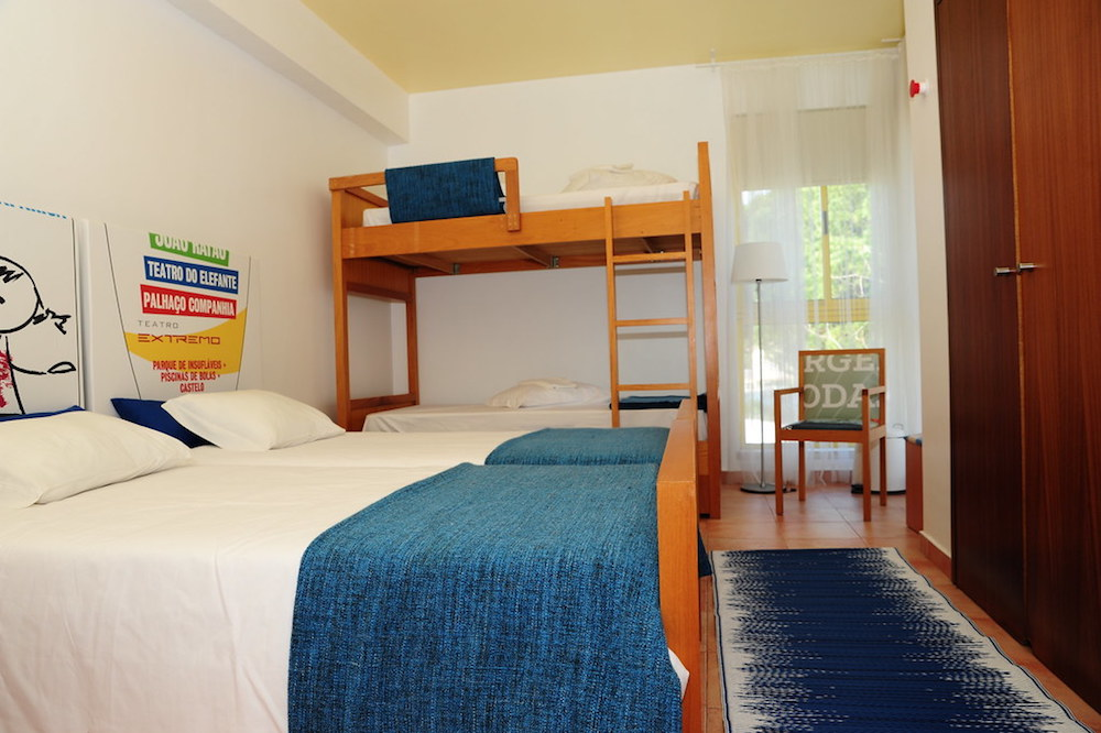 Surf School Teens Camp Lisbon Private 4 beds room