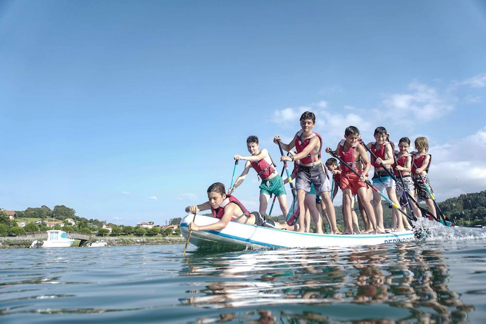Bilbao Teens Surf Camp Giant SUP
