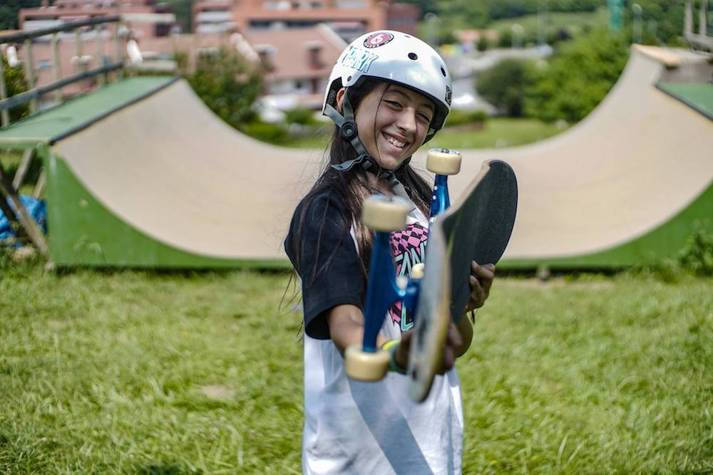 Bilbao Teens Surf Camp Girl Ready for Skating