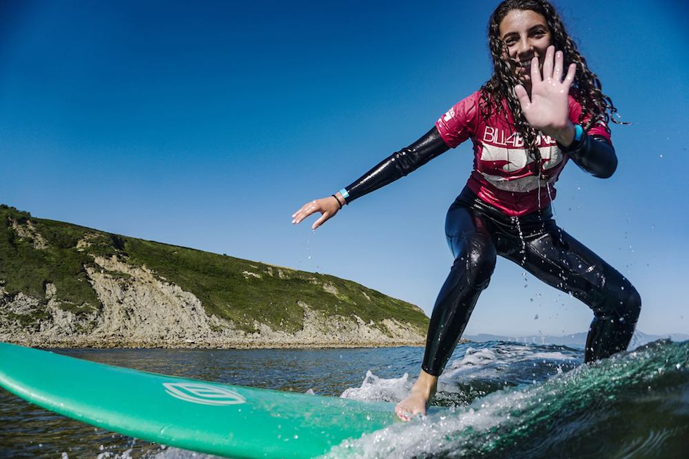 Bilbao Teens Surf Camp high five