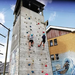Ireland Kids Summer Surf Camp climbing wall nivel hard