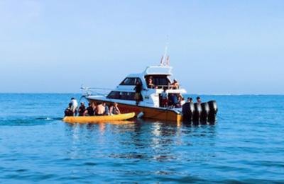 Boat trip exploring G-Land