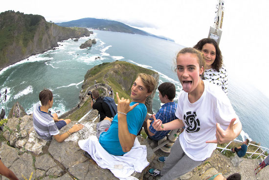 cultural-visit-bilbao-teens-surf-camp-2