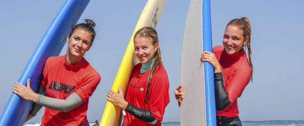 girls-surfboards-algarve-kitesurf-camp