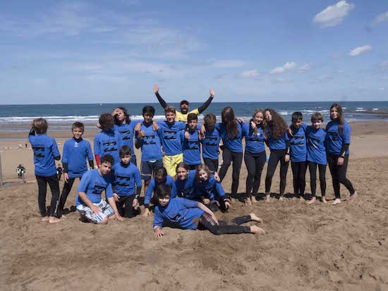 group-picture-bilbao-teens-surf-camp