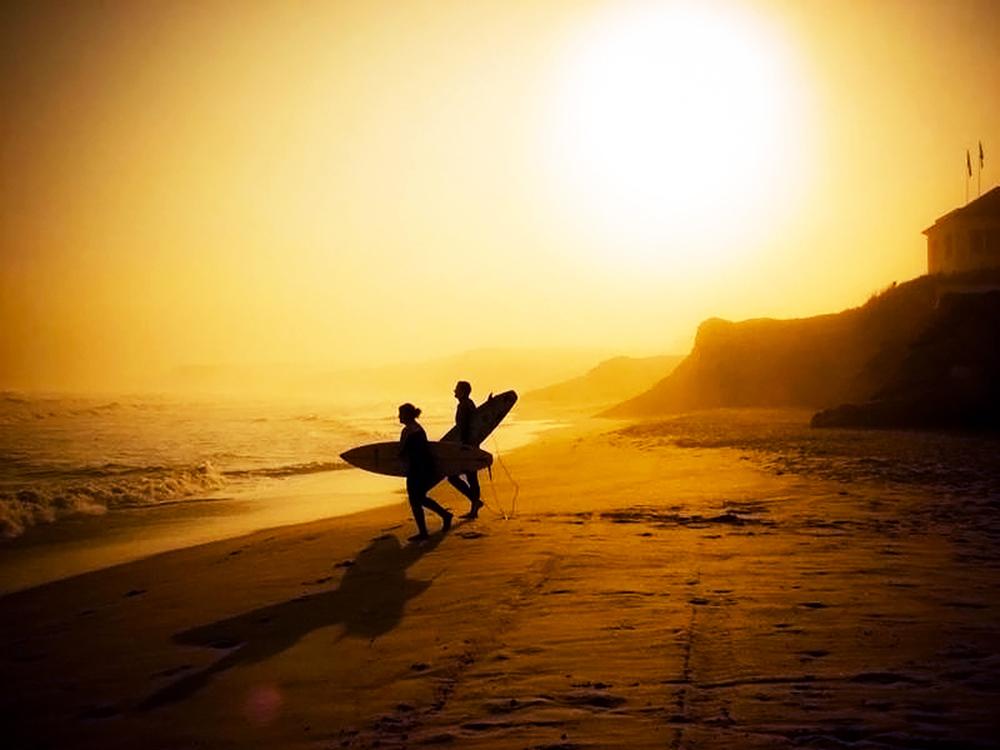 Lagide surf castle sunset surf