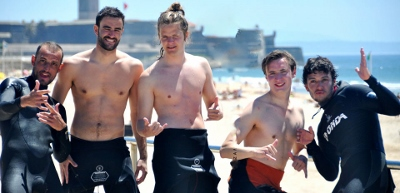 lisbon-surf-camp-cascais-group-of-surfers