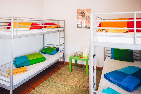 lisbon-surf-camp-cascais-guincho-country-surf-house-cascais-bunk-beds