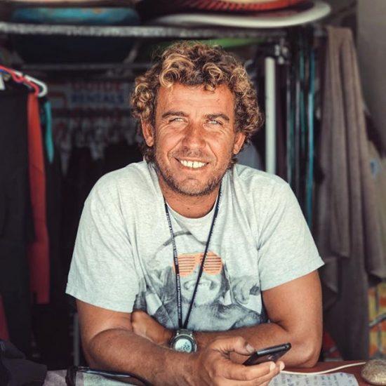 lisbon-surf-camp-cascais-pedro-surf-camp-owner