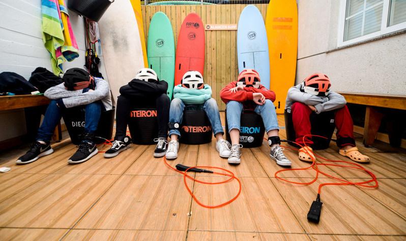 locker-room-area-galicia-teens-surf-camp