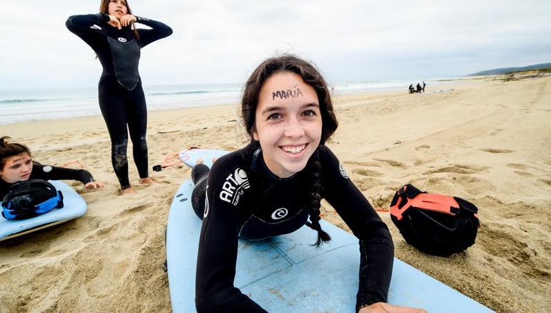 maria-surfing-galicia-teens-surf-camp