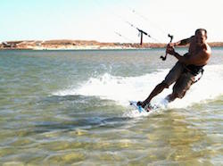 men-kitesurfing-algarve-kitesurf-camp