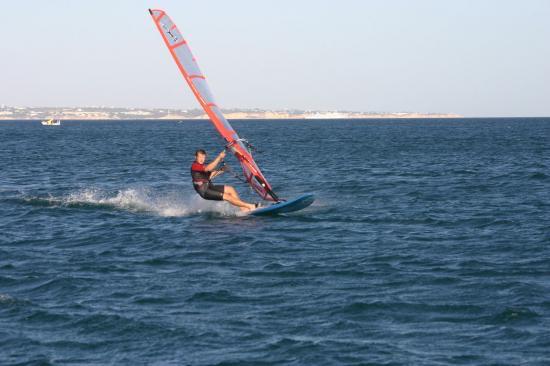 men-windsurfing-algarve-kitesurf-camp-1