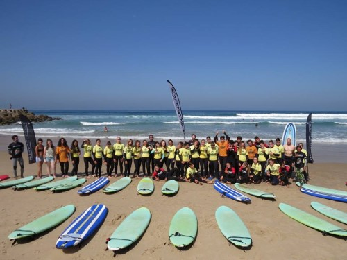 Surf-School-Teens-Camp-Lisbon-french-group