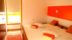 Surf-School-Teens-Camp-Lisbon-shared-room-girls