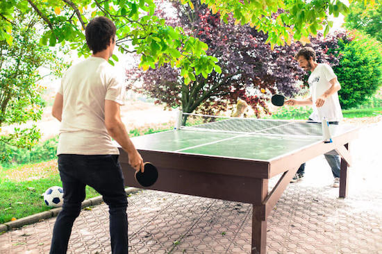 ping-pong-table-bilbao-teens-surf-camp-2