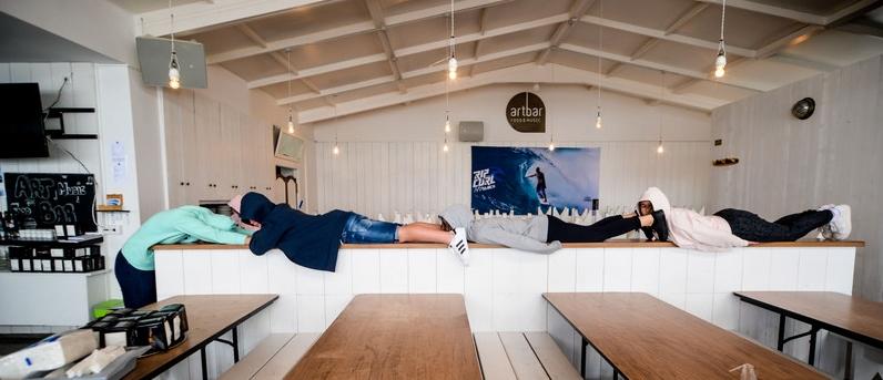 restaurant-area-galicia-teens-surf-camp