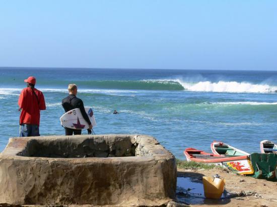 Ngor surf spots