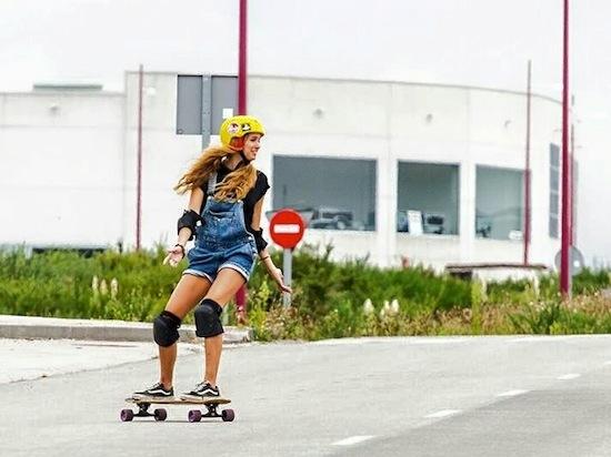 Skateboarding classes- Galicia Teens Surf Camp