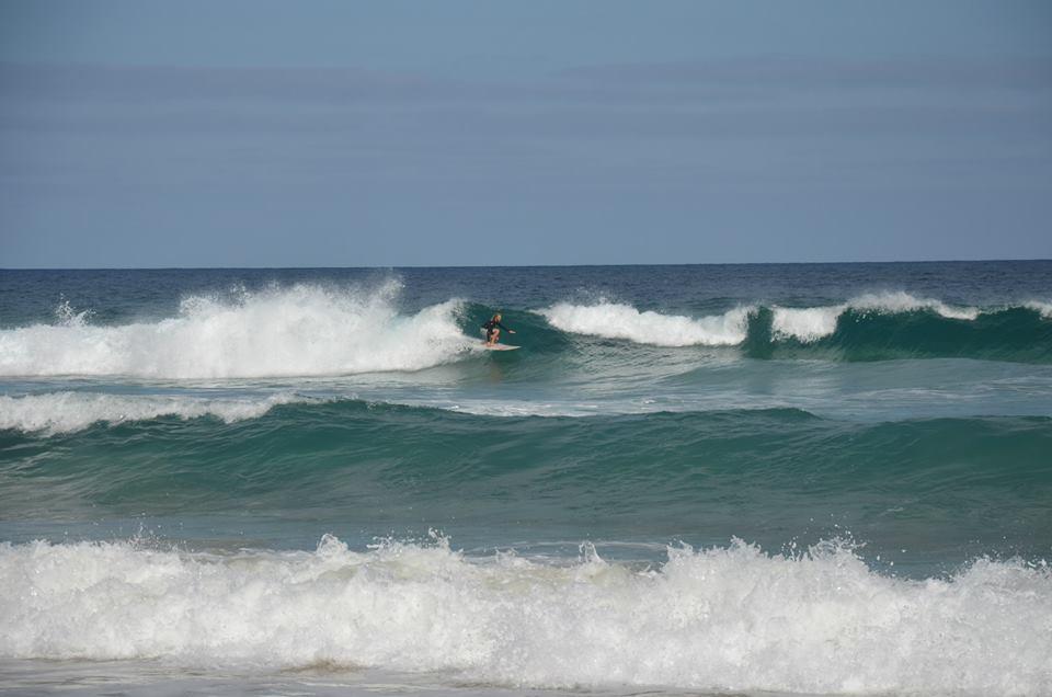 sotavento-surf-surfer