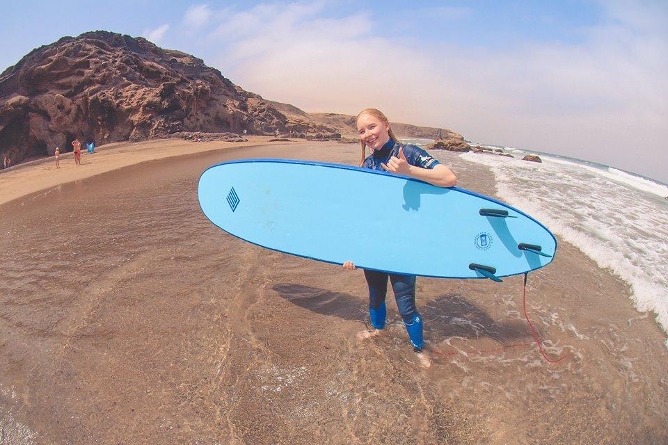 sotavento-surfer