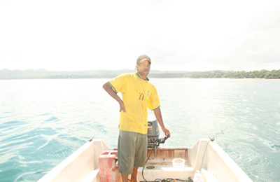 Local boat driver in G-Land