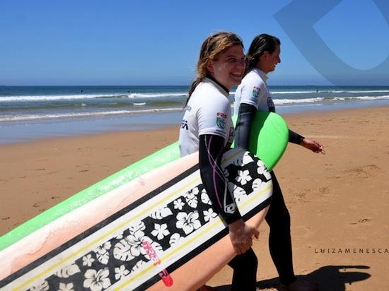 Lisbon Surf Camp Cascais - Surf girl on beach