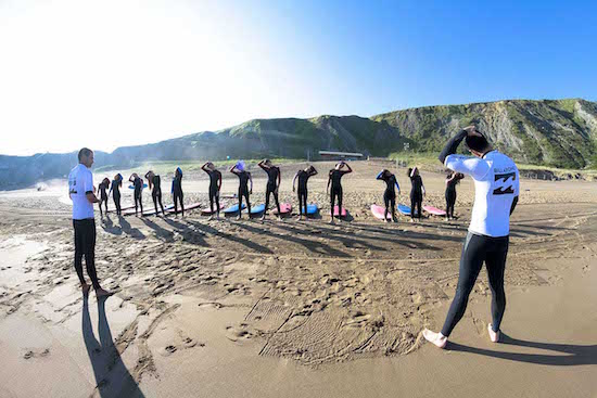 surf-warm-up-bilbao-teens-surf-camp