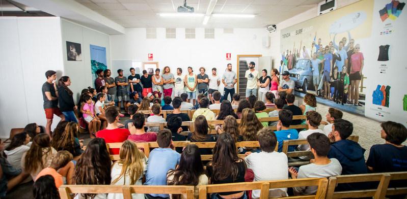 teaching-room-galicia-teens-surf-camp