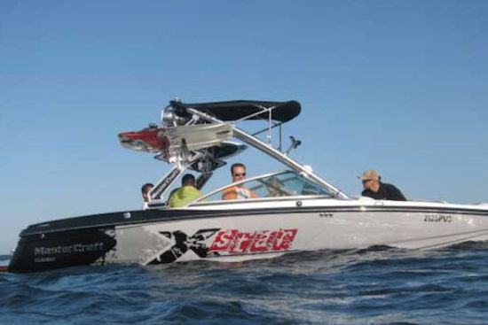 wakeboarding-towboat-algarve-kitesurf-camp
