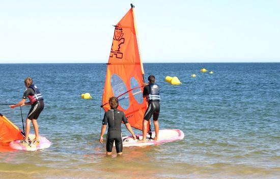 windsurf-lesson-algarve-kitesurf-camp-1