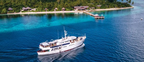 Wakatobi Dive Resort ship