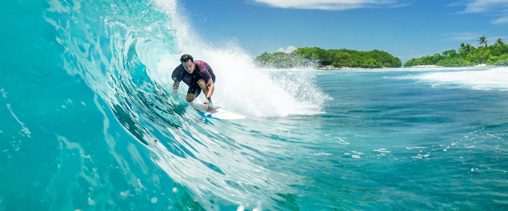 Riding the wave in Maldives