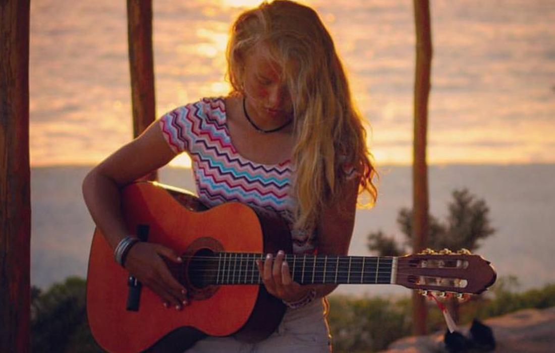 Guitar session in Madagascar