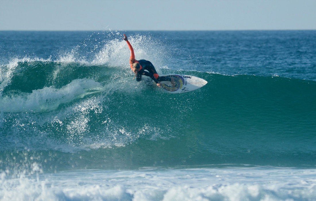 Surf coaching pro surfer