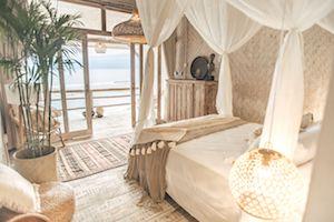bedroom-oceanview-surf-camp-uluwatu
